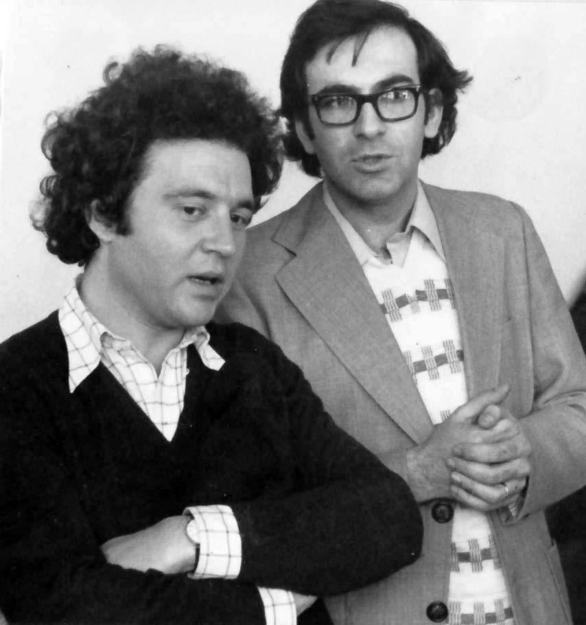 Con José Miguel-Ullán al regreso de éste a España tras su exilio en Francia. (1976)